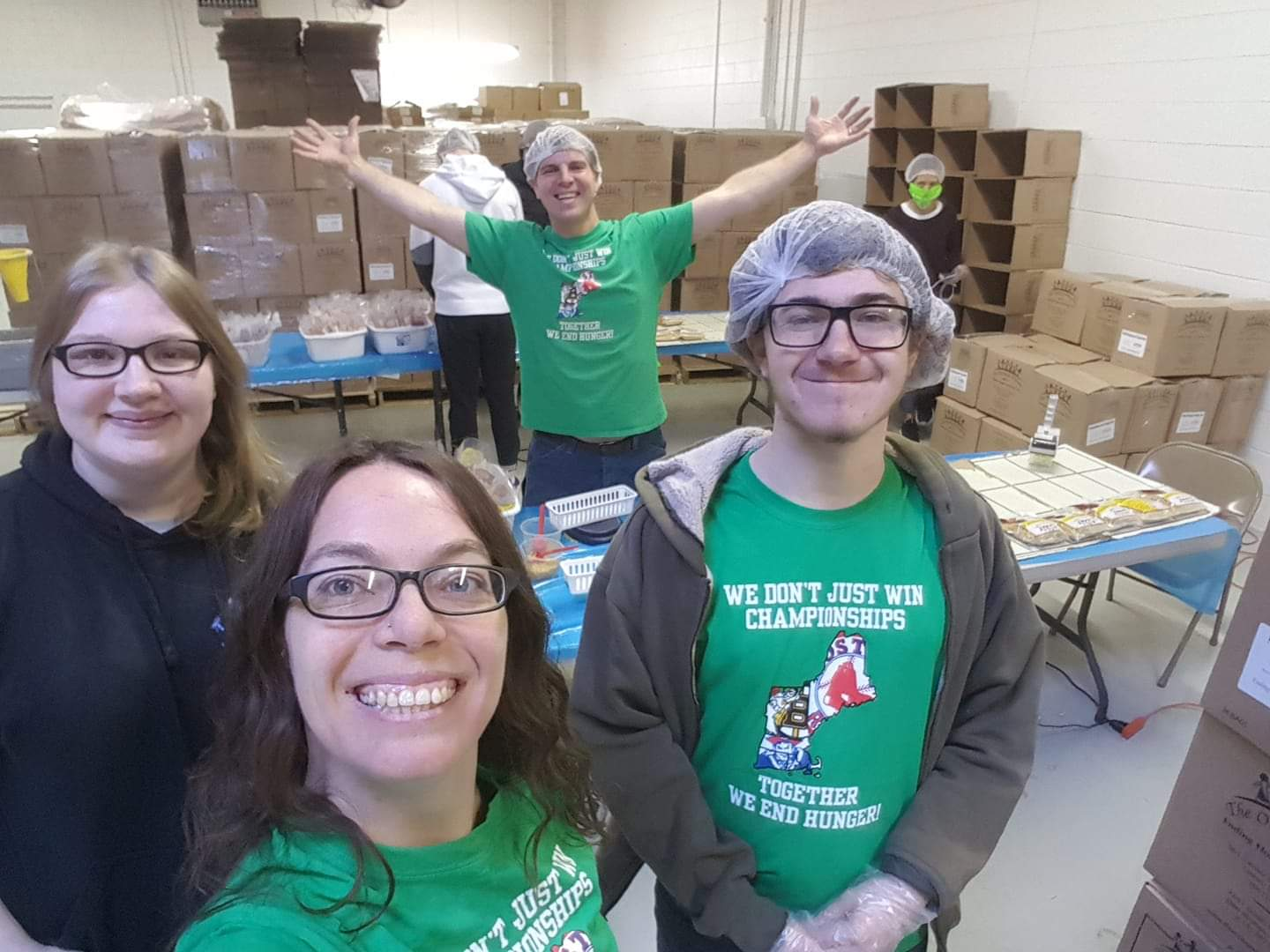 DCU Team Members Pack 17,000 Meals